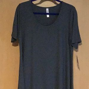 LulaRoe NWT ribbed Perfect T